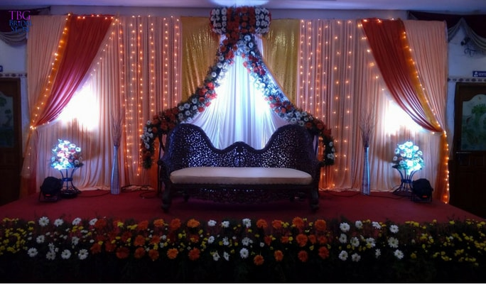 Chandelier Drape and Flowers Decoration_2