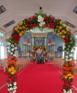 fabric draping and pillar decoration 5