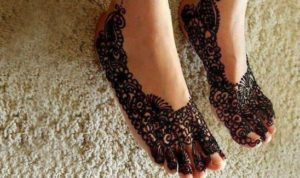 Mehendi Design for Legs