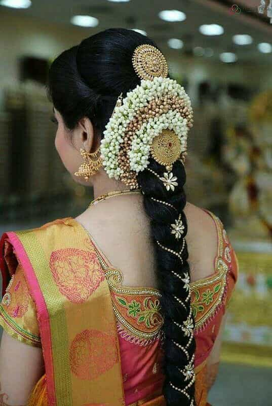 15 Popular South Indian Bridal Hairstyles For Engagement