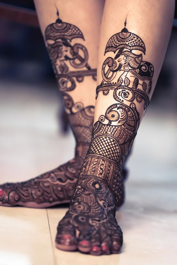 Baarat Elephant Mehendi Designs for Legs