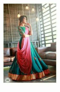 Pleated dupatta draping style