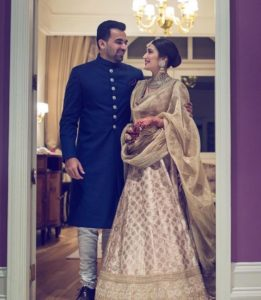 dupatta draping styles for bridal lehenga