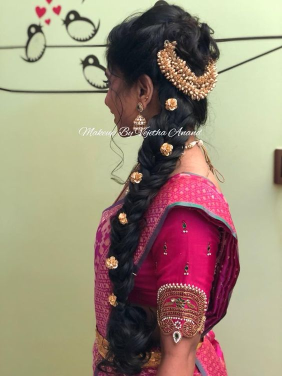 15 Popular South Indian Bridal Hairstyles For Engagement Tbg Bridal Store